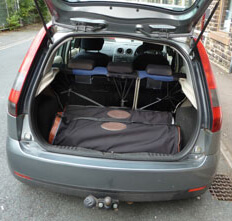 travel-pod-car