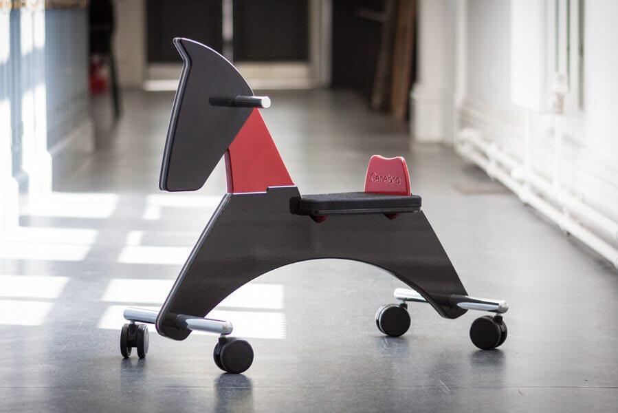 Scoot Horse